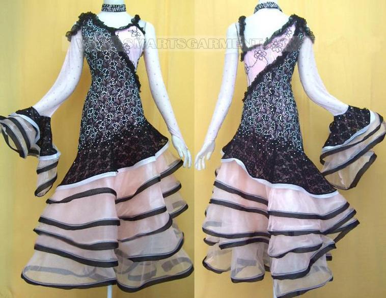 Dancesport clothes provider