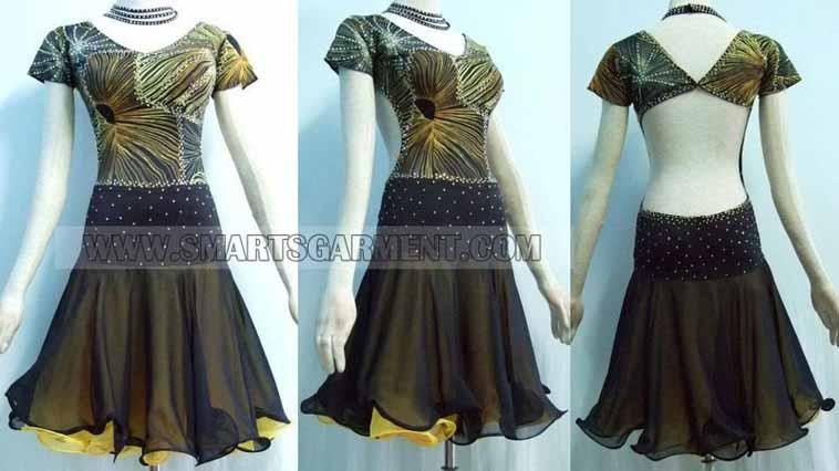 Beautiful Mambo apparel