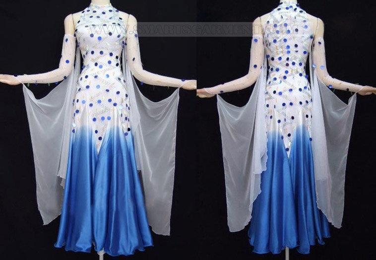 simple Modern Dance garment