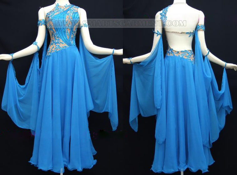 Modern Dance clothing shop