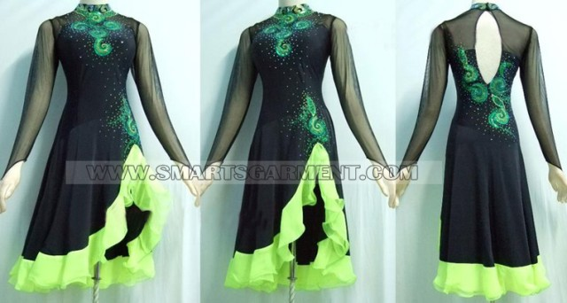 Modern Dance clothes