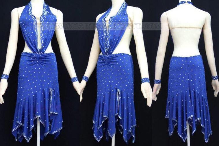 retail Salsa clothes