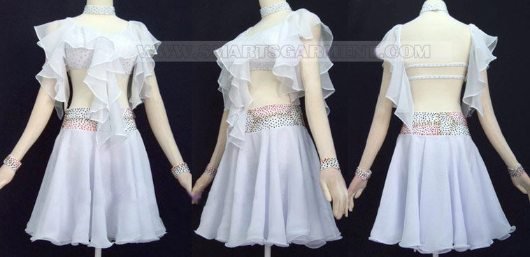 Salsa clothes maker