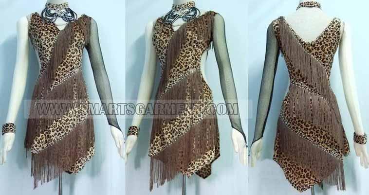 retail Salsa garment