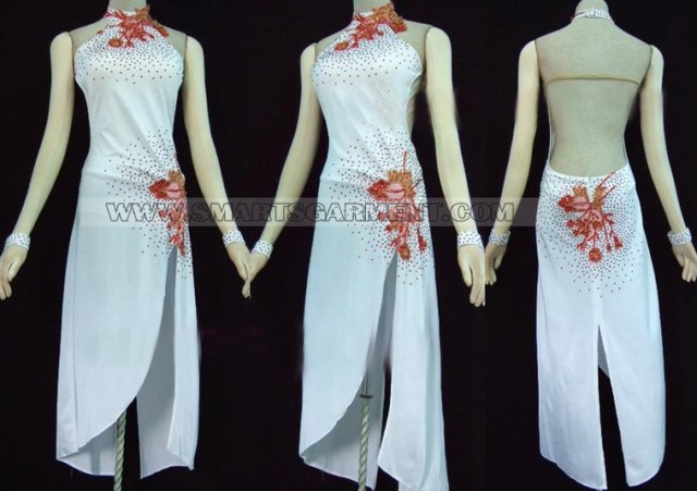 Luxurious samba garment