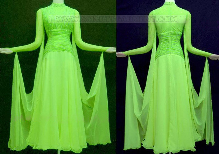 fashion smooth garment