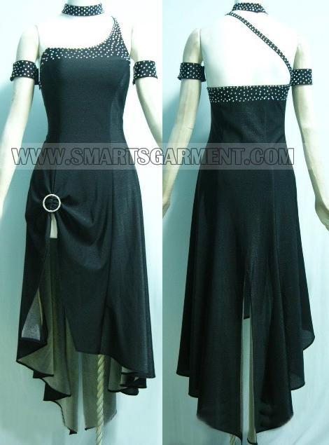 Luxurious social dance clothes