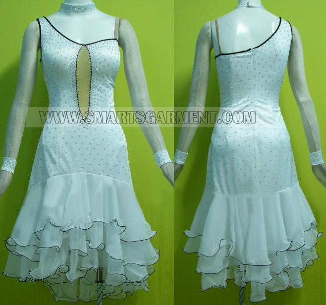 Swing dress comany