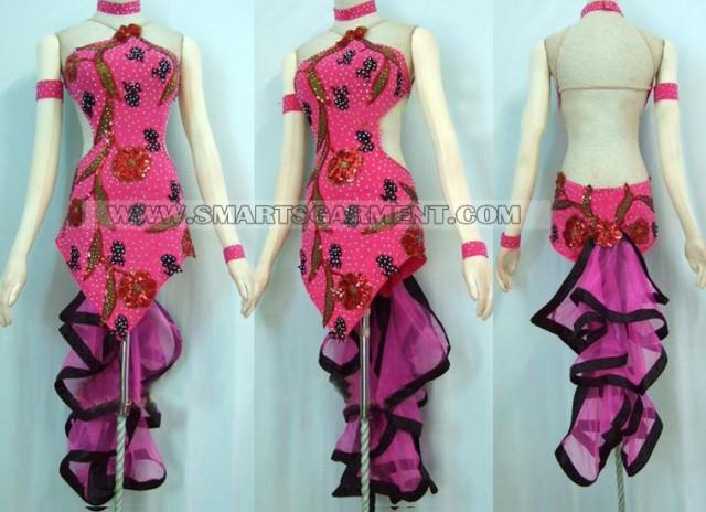 Swing clothing manufacturer