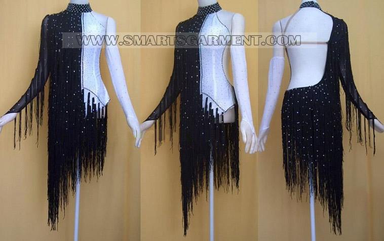 Tango garment