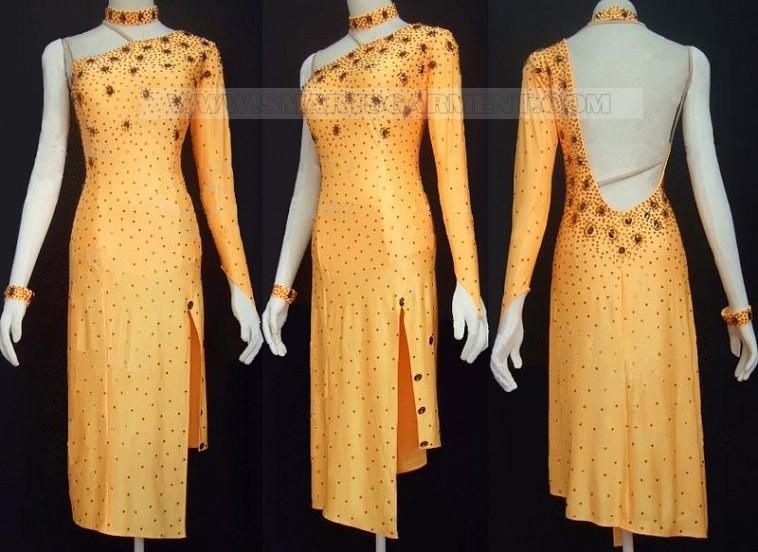 Tango clothes supplier