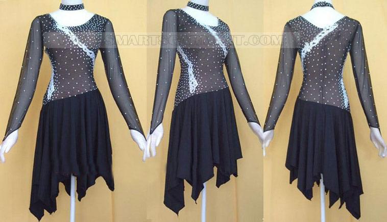 retail Tango apparel