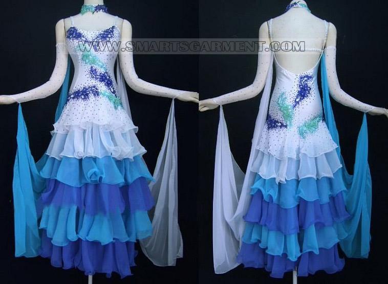 платья стандарт бальные танцы,фасоны бальных платьев латина